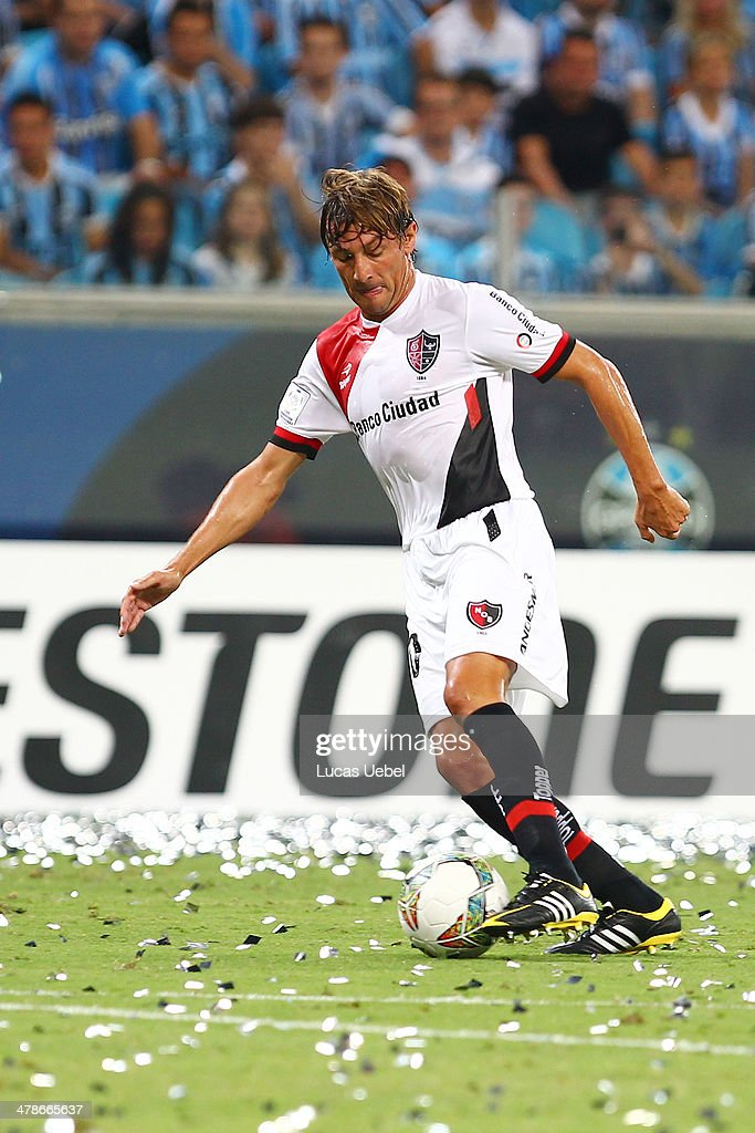 Gremio v Newell's Old Boys - Copa Bridgestone Libertadores 2014