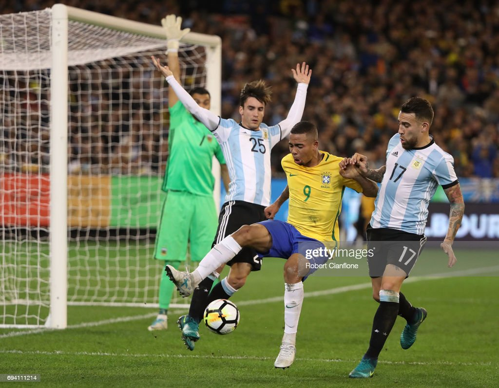 Brazil Global Tour - Brazil v Argentina : News Photo