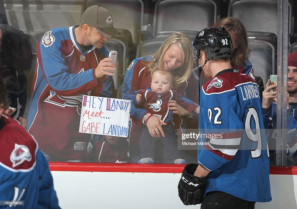 San Jose Sharks v Colorado Avalanche : News Photo