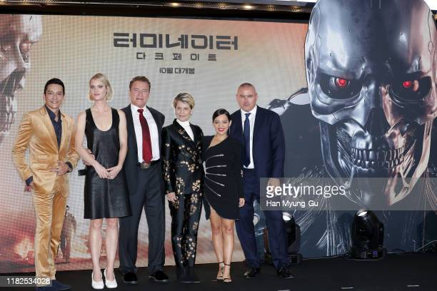 Gabriel Luna Mackenzie Davis Arnold Schwarzenegger Linda Hamilton Natalia Reyes and director Tim Miller attend the Seoul premiere of 'Terminator Dark...