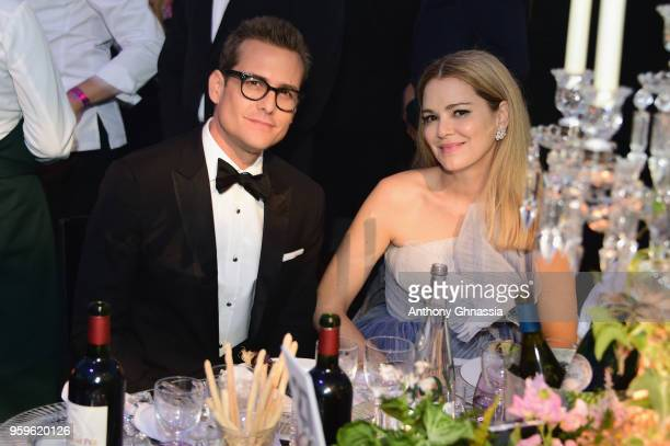 Gabriel Macht and Jacinda Barrett attend the amfAR Gala Cannes 2018 dinner at Hotel du CapEdenRoc on May 17 2018 in Cap d'Antibes France