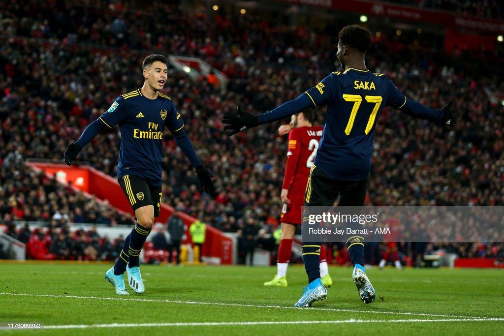 Liverpool FC v Arsenal FC - Carabao Cup Round of 16 : Foto jornalística
