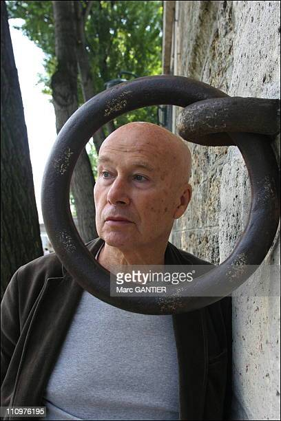 Gabriel Matzneff French author has just released Voici venir le fiance published by La Table Ronde in Paris France on June 02nd 2006