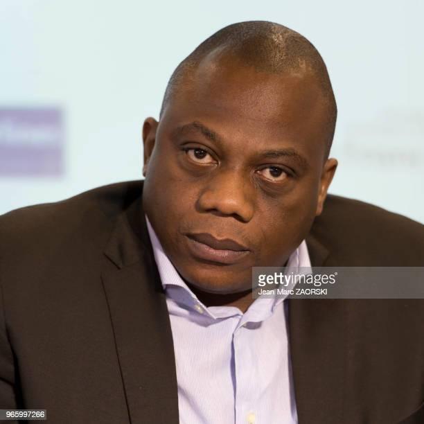 Gabriel Mbarga journaliste et panéliste spécialiste géopolitique africaine pour les chaînes ARTE et TV5 Monde lors du 31e salon du livre et de la...