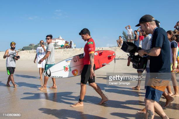 Gabriel Medina from Brazil advanced directly to Round 3 after winning an all Brazilian matchup in Heat 5 of Round 1 at the Oi Rio Pro in Saquarema,...