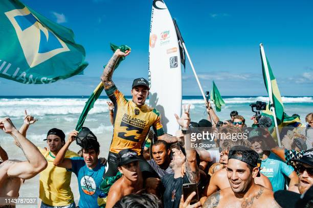 Gabriel Medina of Brazil won the world title in Heat 1 of the Semifinals at the Billabong Pipe Masters at Pipeline Oahu Hawaii