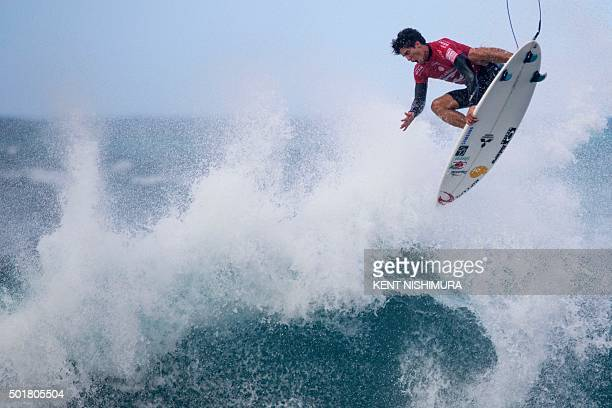 Gabriel Medina surfs during the Pipeline Masters event of the Vans Triple Crown at Ehukai Beach Park in Haleiwa Hawaii on December 17 2015 A / AFP /...