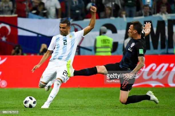 Gabriel Mercado of Argentina and Mario Mandzukic of Croatia during the FIFA World Cup Group D match between Argentina and Croatia at Nizhny Novogorod...