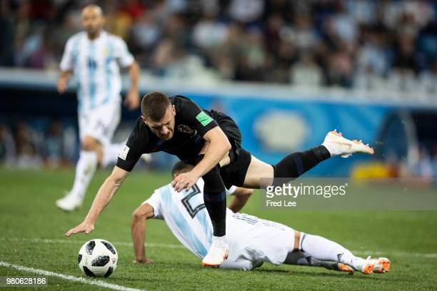 Gabriel Mercado of Argentina and Mateo Kovacic of Croatia battle for the ball during the 2018 FIFA World Cup Russia Group D match between Argentina...