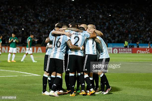 Gabriel Mercado of Argentina celebrates with teammates after scoring the first goal of his team during a match between Argentina and Bolivia as part...