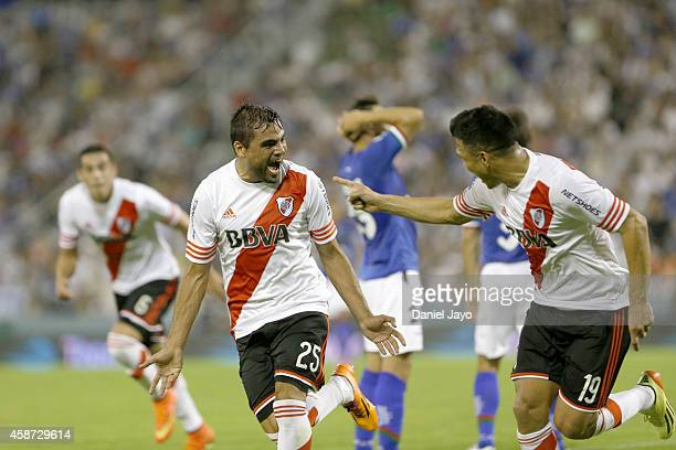 Gabriel Mercado of River Plate celebrates after scoring the first goal of his team during a match between Velez Sarsfield and River Plate as part of...