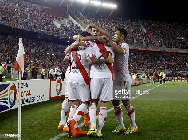 Gabriel Mercado of River Plate celebrates with his teammates after scoring the first goal of his team during a second leg match between River Plate...