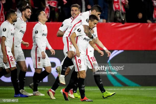 Gabriel Mercado of Sevilla FC Sergi Gomez of Sevilla FC Roque Mesa of Sevilla FC Franco Vazquez of Sevilla FC Ever Banega of Sevilla FC Wissam Ben...