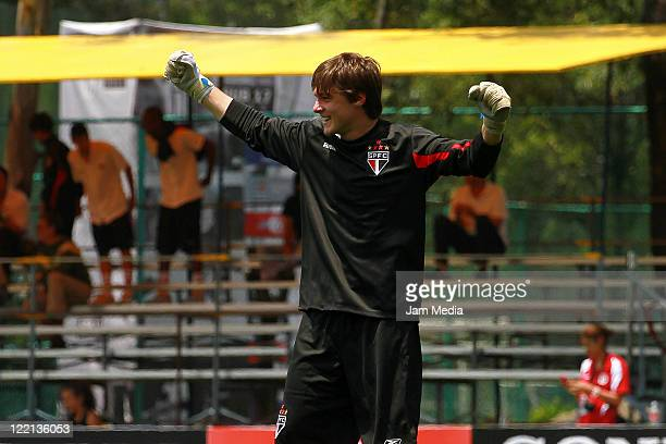 Gabriel Miotti de Oliveira of Sao Paulo celebrate during their match as part of the Copa Independencia SUB 17 2011 at Coapa on August 25, 2011 in...