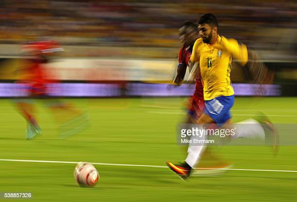 Gabriel of Brazil dribbles the ball during a Group B match of the 2016 Copa America Centenario against the Haiti at Camping World Stadium on June 8...