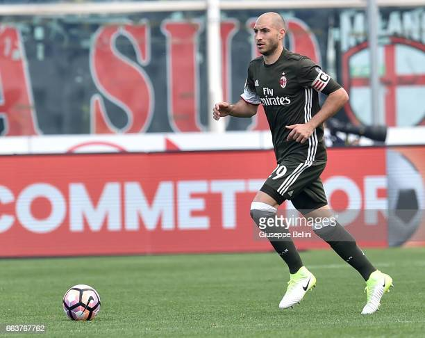 Gabriel Paletta of AC Milan in action during the Serie A match between Pescara Calcio and AC Milan at Adriatico Stadium on April 2 2017 in Pescara...