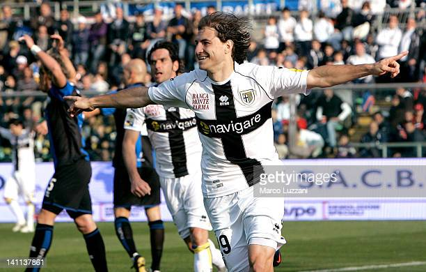 Gabriel Paletta of Parma FC celebrates his goal during the Serie A match between Atalanta BC and Parma FC at Stadio Atleti Azzurri d'Italia on March...
