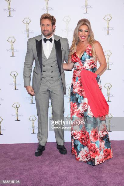 Gabriel Soto and Cynthia Klitbo attend Premios Tv y Novelas 2017 at Televisa San Angel on March 26 2017 in Mexico City Mexico