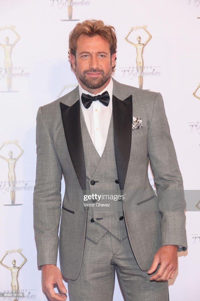 Premios TvyNovelas 2017 - Red Carpet : News Photo