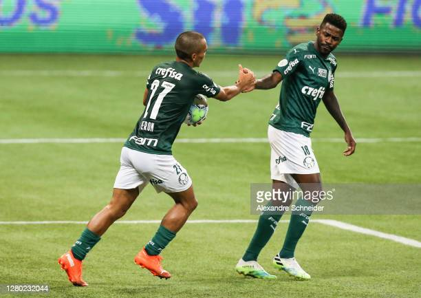 Gabriel Veron of Palmeiras celebrates with teammate Ramires after scoring the first goal of their team during the match against Coritiba as part of...