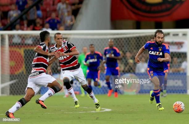 SPORT Gabriel Xavier do Sport durante partida pela Copa SulAmericana de Futebol na Arena Pernambuco em 24 de Agosto de 2016 AFP PHOTO/Felipe Oliveira...