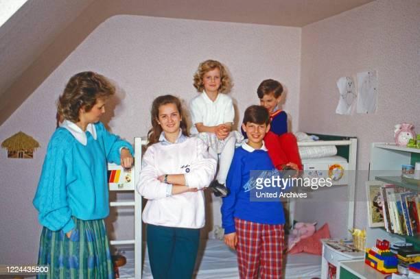 Gabriela Princess of Sayn Wittgenstein Sayn with the children Alexandra, Filippa, Heinrich and Johann Casimir at Sayn, Germany, 1984.