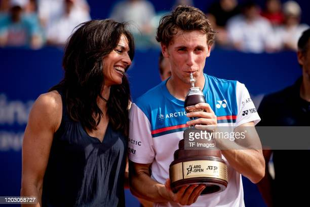 Gabriela Sabatini of Argentina and Casper Ruud of Norway look on during day 7 of ATP Buenos Aires Argentina Open at Buenos Aires Lawn Tennis Club on...