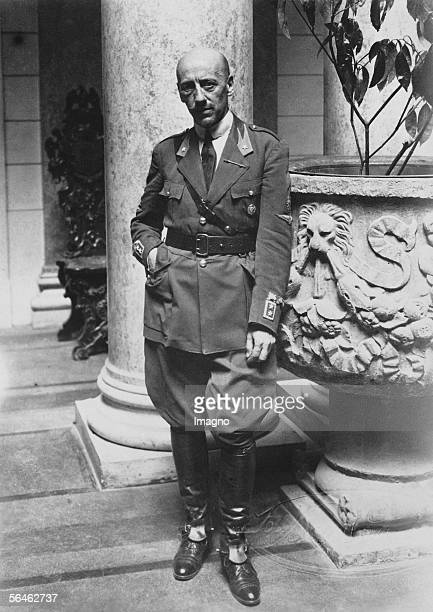 Gabriele D'Annunzio italian poet and politician Photography Around 1930 [Gabriele D'Annunzio ital Dichter und Politiker Photographie um 1930]