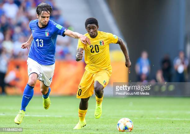 Gabriele Gori of Italy competes with Sekou Koita of Mali during the FIFA U-20 World Cup match between Italy and Mali on June 7, 2019 in Tychy, Poland.
