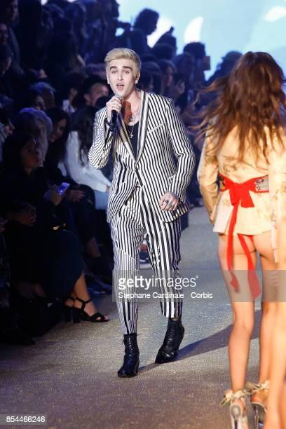 GabrielKane DayLewis performs during the Etam Spring Summer 2018 show as part of Paris Fashion Week at on September 26 2017 in Paris France