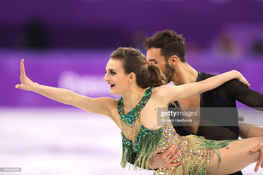https://media.gettyimages.com/photos/gabriella-papadakis-and-guillaume-cizeron-of-france-compete-during-picture-id920295558