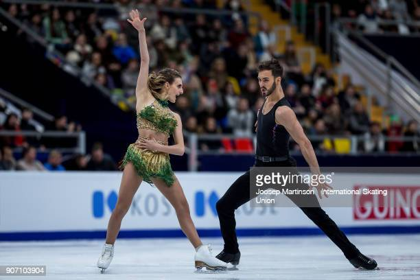 Gabriella Papadakis and Guillaume Cizeron of France compete in the Ice Dance Short Dance during day three of the European Figure Skating...
