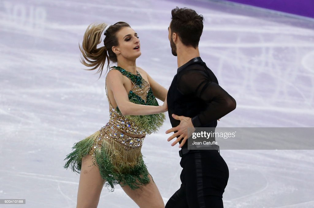 https://media.gettyimages.com/photos/gabriella-papadakis-and-guillaume-cizeron-of-france-during-the-figure-picture-id920410188