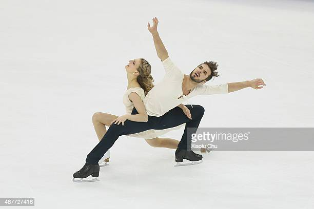 Gabriella Papadakis and Guillaume Cizeron of France perform during the Ice DanceFree Dance on day three of the 2015 ISU World Figure Skating...