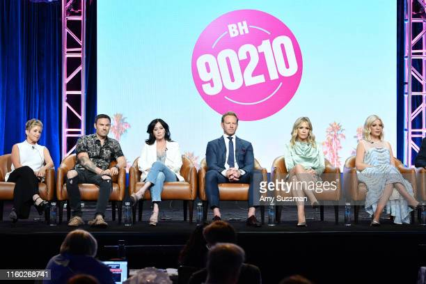 Gabrielle Carteris Brian Austin Green Shannen Doherty Ian Ziering Jennie Garth andTori Spelling of BH 90210 speak during the Fox segment of the 2019...