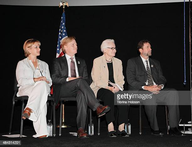 Gabrielle Carteris Ned Vaughn Jean Picker Firstenberg and Fraser Heston attends the firstdayofissue dedication ceremony for the Charlton Heston...