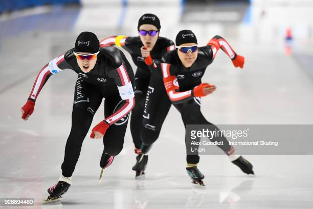 Gabrielle Jelonek Beatrice Lamarche and Alexa Scott od Canada compete in the women's team pursuit during day 2 of the ISU Junior World Cup Speed...