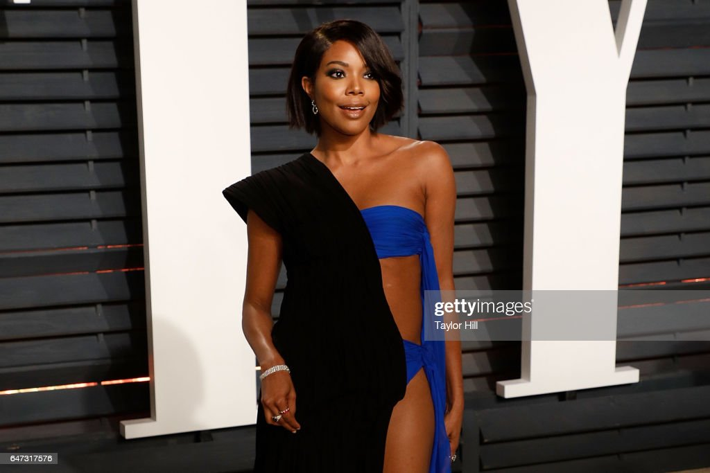 Gabrielle Union attends the 2017 Vanity Fair Oscar Party at Wallis Annenberg Center for the Performing Arts on February 26, 2017 in Beverly Hills, California.