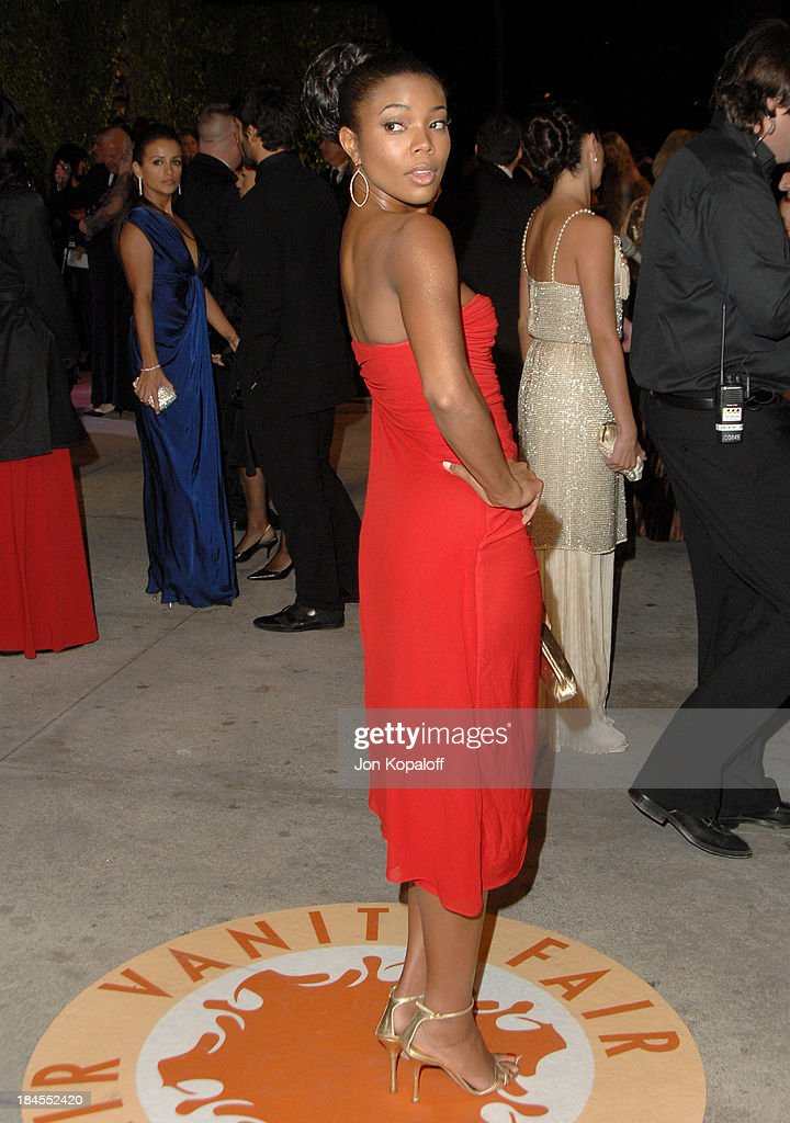 2007 Vanity Fair Oscar Party Hosted by Graydon Carter : News Photo