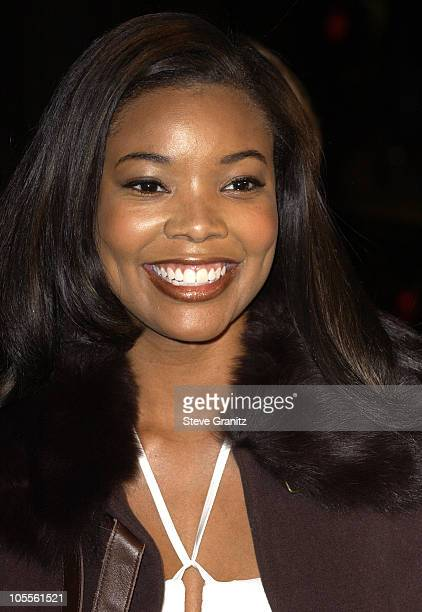 Gabrielle Union during Coach Carter Los Angeles Premiere Arrivals at Grauman's Chinese Theatre in Hollywood California United States