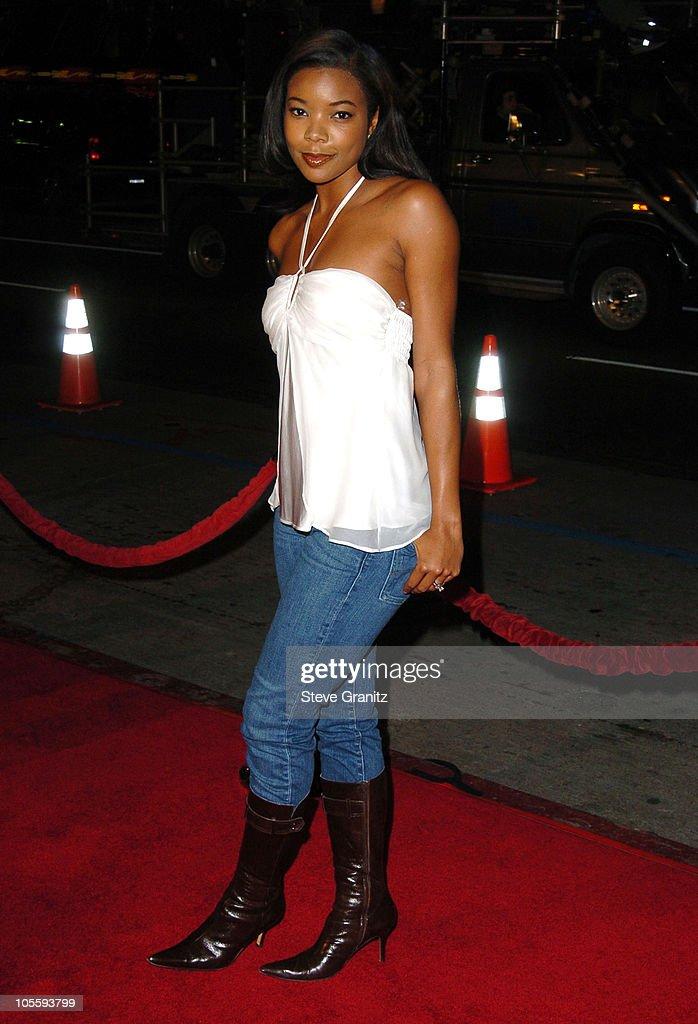 """""""Coach Carter"""" Los Angeles Premiere - Arrivals : News Photo"""