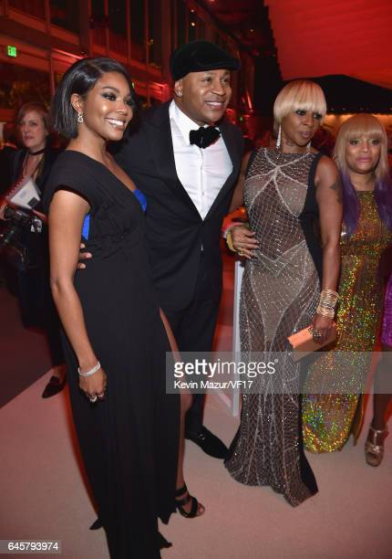 Gabrielle Union LL Cool J Mary J Blige and Simone Smith attends the 2017 Vanity Fair Oscar Party hosted by Graydon Carter at Wallis Annenberg Center...