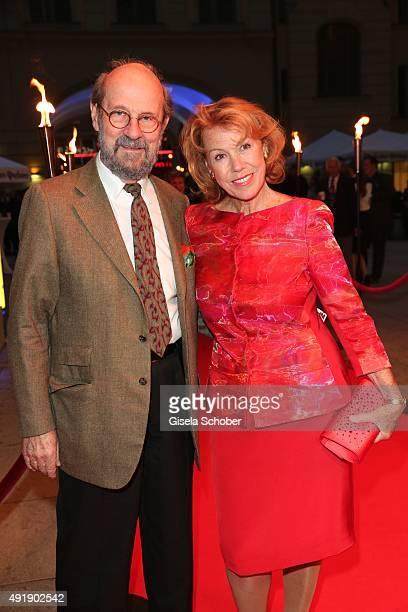 Gaby Dohm and her partner Peter Deutsch during the Munich premiere of the musical 'Ich war noch niemals in New York' at Deutsches Theatre on October...