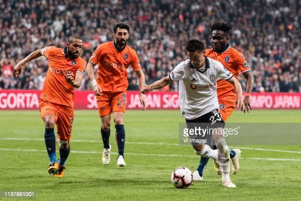 Gael Dimitri Clichy of Istanbul Medipol Basaksehir FK, Mahmut Tekdemir of Istanbul Medipol Basaksehir FK, Shinji Kagawa of Besiktas JK , Joseph...