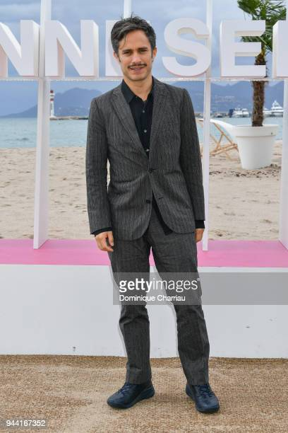 Gael Garcia Bernal attends 'Aqui En La Tierra' Photocall during the 1st Cannes International Series Festival on April 10 2018 in Cannes France