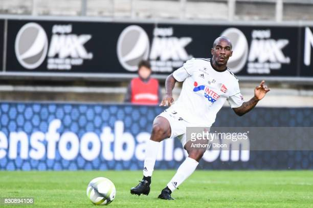 Gael Kakuta of Amiens during the Ligue 1 match between Amiens SC and Angers SCO at Stade de la Licorne on August 12 2017 in Amiens