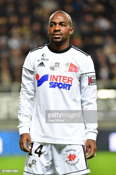 Gael Kakuta of Amiens during the rescheduled Ligue 1 match between Amiens SC and Lille OSC at Stade de la Licorne on November 20 2017 in Amiens France