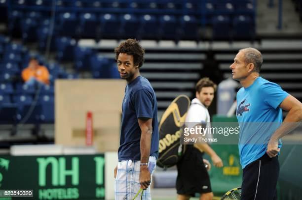 Gael Monfils / Guy Forget Entrainement de l'Equipe de france France / Serbie Finale de Coupe Davis Belgrade