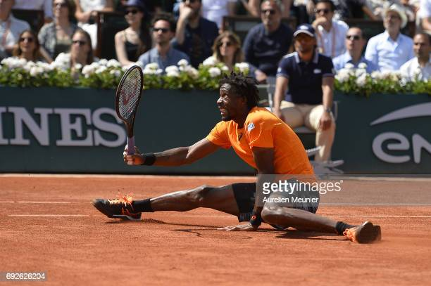 Gael Monfils of France plays a forehand during the men's singles fourth round match against Stanislas Wawrinka of Switzerland on day nine of the 2017...
