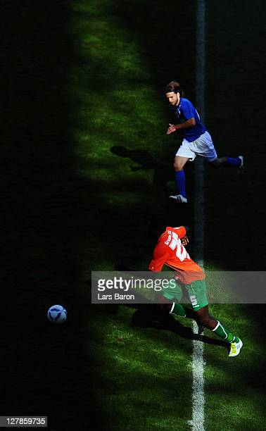Gaetan Krebs of Karlsruhechallenges Olivier Occean of Fuerth during the Second Bundesliga match between Karlsruher SC and Greuther Fuerth at Wildpark...